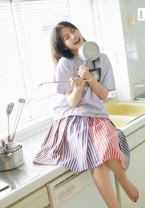 今田美桜グラビア画像170