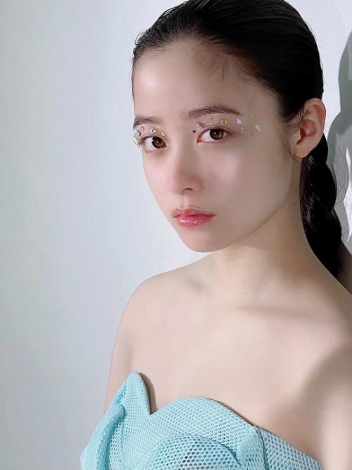 橋本環奈グラビアエロ画像073