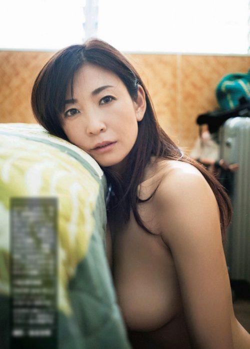中島史恵エロ画像031