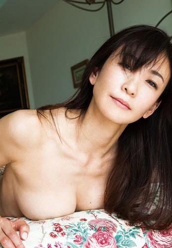 中島史恵エロ画像036