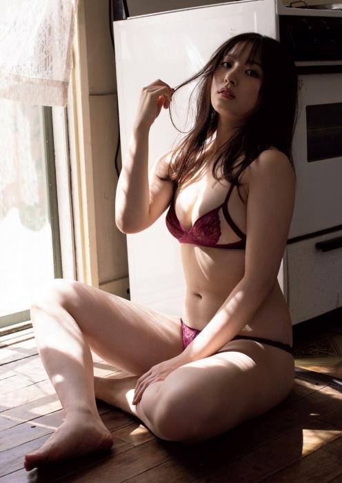 大和田南那エロ画像01_009
