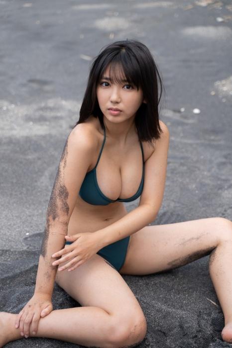 沢口愛華エロ画像014