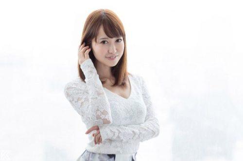篠田ゆう エロ画像001