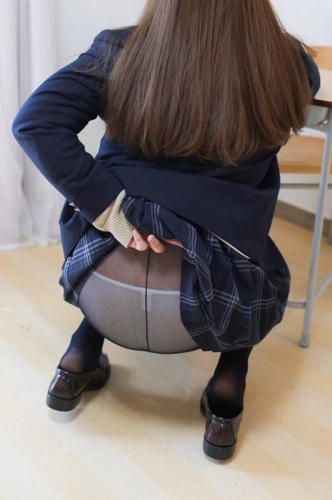 黒タイツ JKパンスト画像01_066
