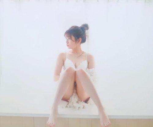 吉田朱里エロ画像012
