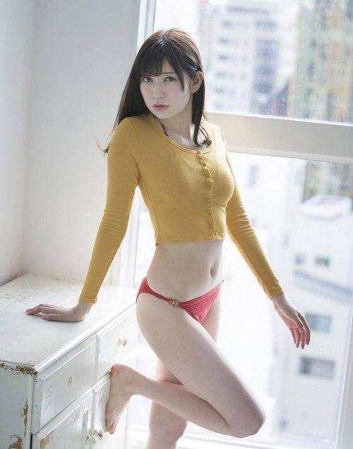 吉田朱里エロ画像017