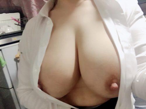 熟女自撮りエロ画像041