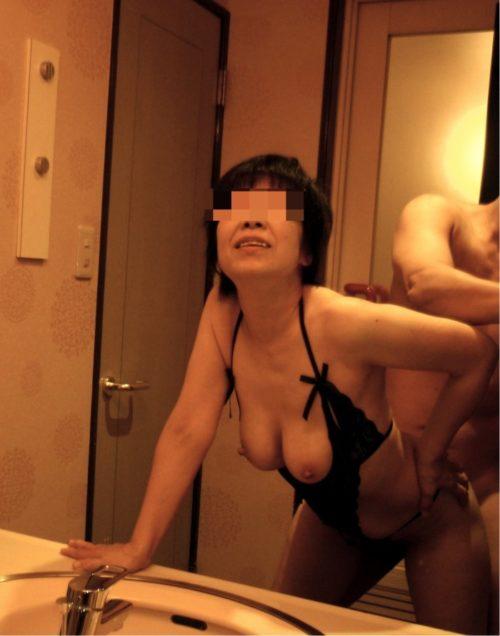 熟女自撮り エロ画像091