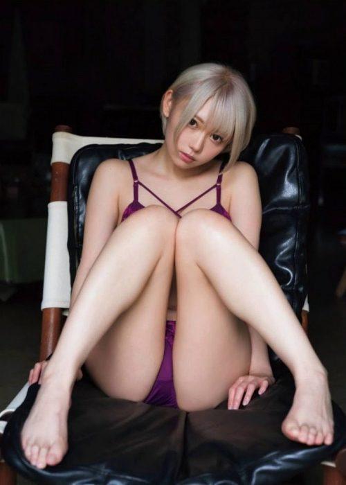 篠崎こころエロ画像036