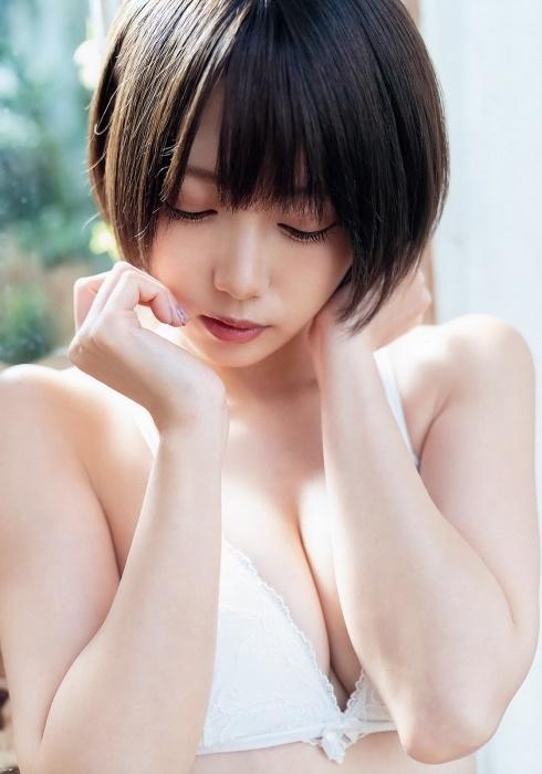 篠崎こころエロ画像086