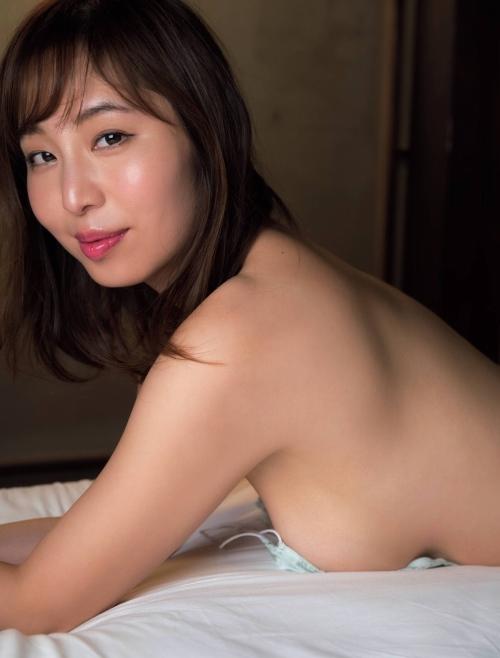 塩地美澄 画像01_056