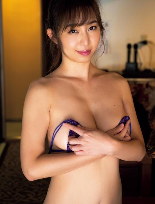 塩地美澄 画像01_060