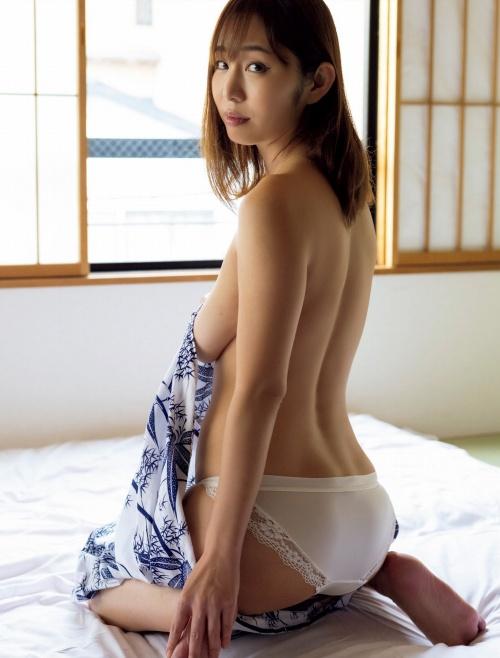 塩地美澄 画像01_061