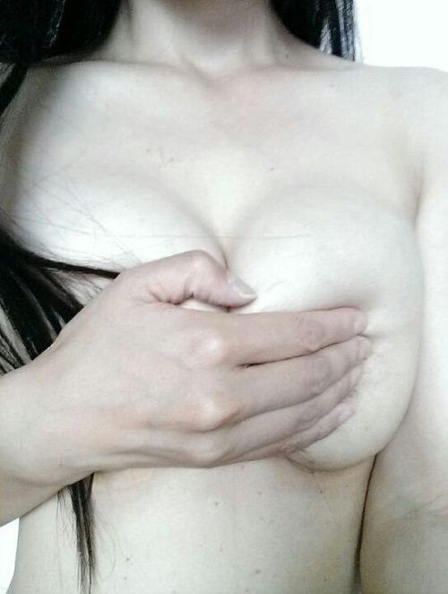素人手ブラ エロ画像035