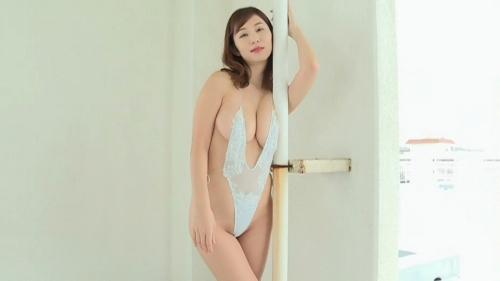 塩地美澄 画像01_086