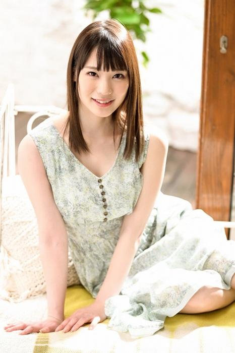 鈴村あいり 画像038