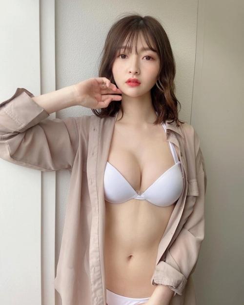 橋本萌花 エロ画像018