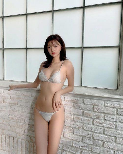 橋本萌花 エロ画像048