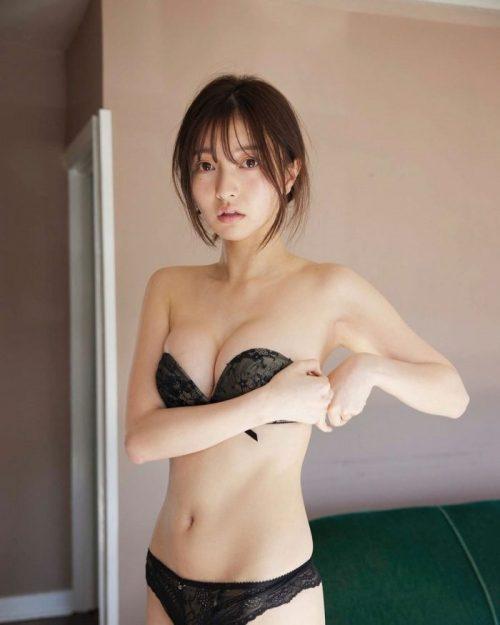 橋本萌花エロ画像064