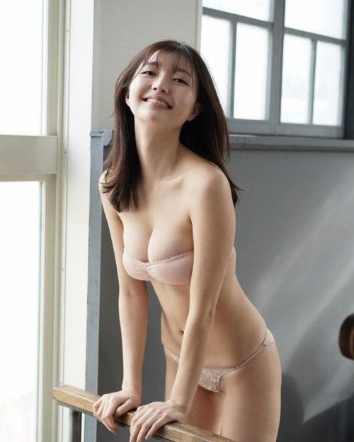 橋本萌花エロ画像093