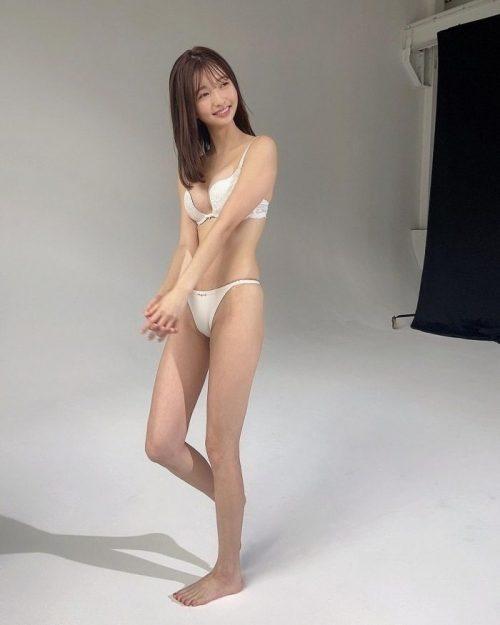 橋本萌花 エロ画像008