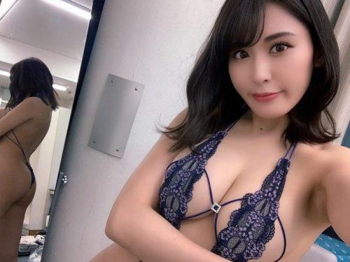 金子智美 エロ画像003