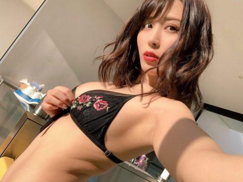 金子智美 エロ画像007