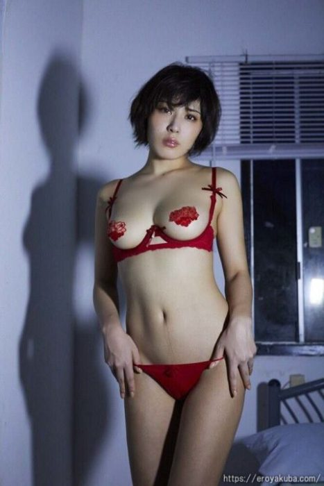 金子智美エロ画像071