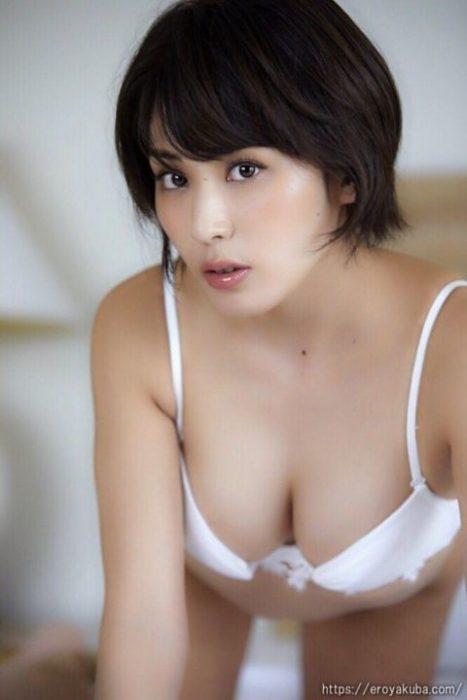 金子智美エロ画像073