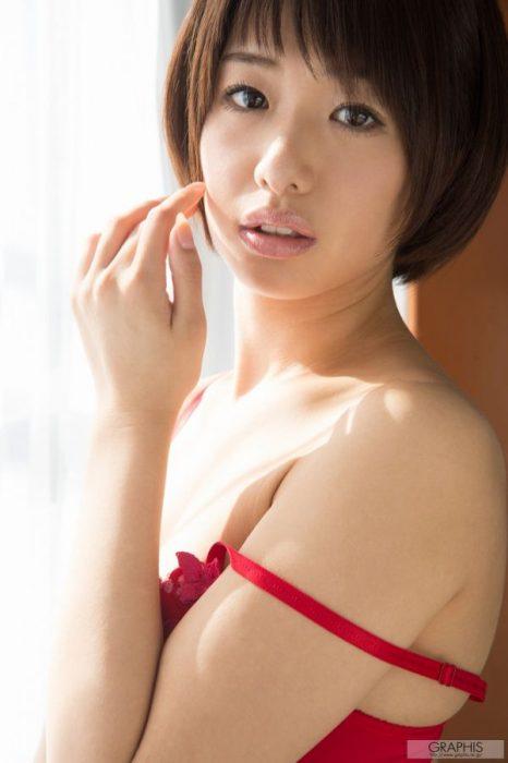川上奈々美 エロ画像051