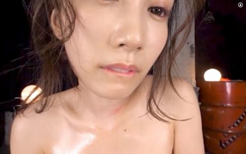 小島みなみ エロ画像032