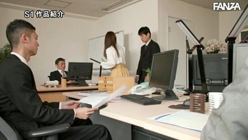 七ツ森りり エロ画像01_012