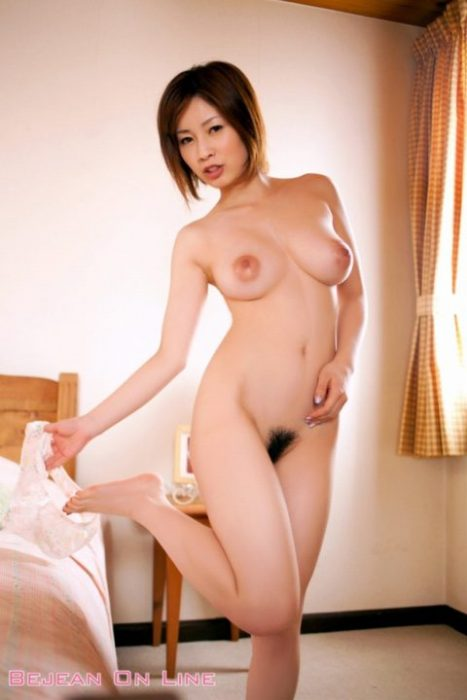 奥田咲 エロ画像014