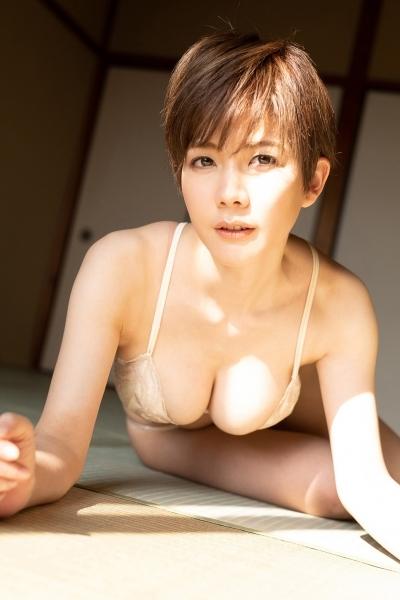 高宮まりエロ画像011
