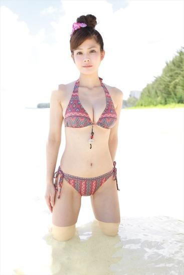 高宮まりエロ画像065