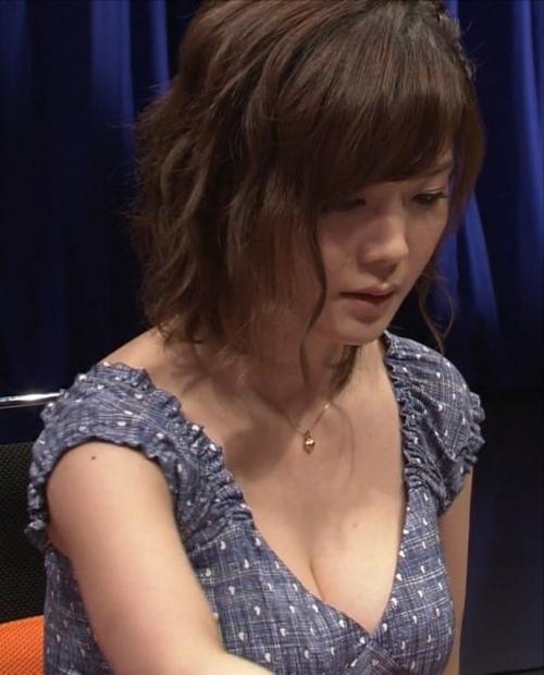 高宮まり エロ画像006