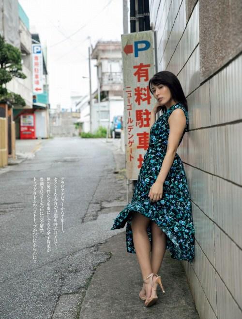 金子智美エロ画像01_011