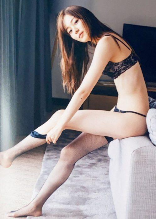 梅澤美波エロ画像138