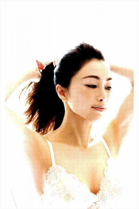 酒井法子 エロ画像089