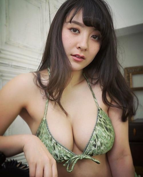 紺野栞 エロ画像011