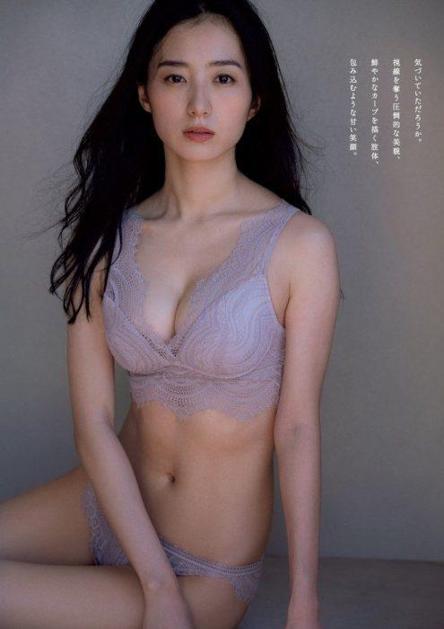 高田里穂エロ画像003